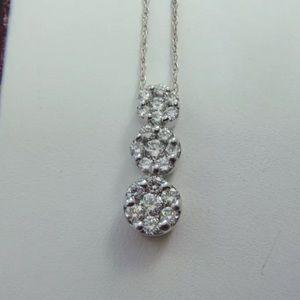 0.75 carat 14k white gold diamond flower necklace